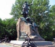 памятник Макарову, Кронштадт
